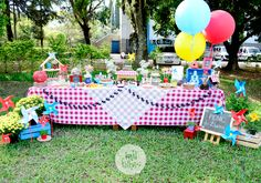 Picnic Birthday, One Year Birthday, Third Birthday, 1st Birthday Parties, Farm Themed Party, Picnic Decorations, Indoor Picnic, Magic Party, Party Activities