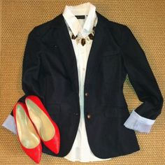 Navy Chambray Blazer Size 2, true to size. EUC, worn only once. Very light padding in shoulders. Lined with seersucker-like print. Ask questions before purchasing. Make offer through offer feature. No trades, no PP. Smoke free, pet friendly. NYCO Jackets & Coats Blazers