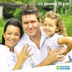 Sorrir ainda é o melhor rémedio :D #DiaDoRiso #Felicidade #ProAtiva