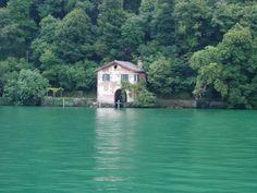 Casa sul lago di Lugano  www.ilgirasoleviaggi.it