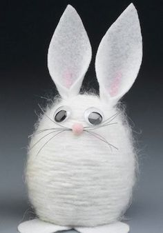 100 Dollar Store Easter Crafts Get crafty this spring for less with these dollar store easter crafts. From DIY Easter decor to easter crafts for kids, there are plenty of fun craft ideas Spring Crafts For Kids, Easter Art, Bunny Crafts, Easter Crafts For Kids, Diy Crafts, Fabric Crafts, Diy Osterschmuck, Fun Diy, Chocolate Easter Bunny