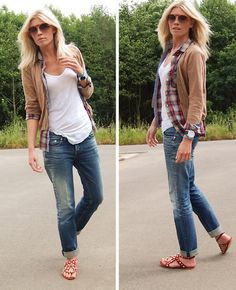 Relaxed. Boyfriend jeans, plaid, cardigan, and sandals. - Click image to find more Women's Fashion Pinterest pins