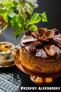 Przepisy Aleksandry: PYSZNY TORT CZEKOLADOWY Polish Desserts, Polish Recipes, Cookie Desserts, Polish Food, Chocolate Heaven, Chocolate Cake, Cake Cookies, Sweet Recipes, Sweet Tooth