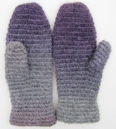 Ravelry: Historic mitt in crochet nålbindning/Historisk vante i virkad nålbindning pattern by Ann Linderhjelm Free pattern. ' inkspot ' has a large number of pins on this subject . well worth taking a look. Fingerless Mittens, Knit Mittens, Mitten Gloves, Crochet Gifts, Free Crochet, Knit Crochet, Yarn Crafts, Sewing Crafts, Viking Knit