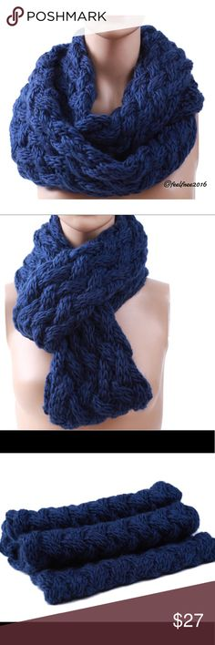 💥New Item-Knit Infinity Scarf New Cable Knit Infinity Scarf.                                                                                                                                                                                     Scarves Length60cm-80cm MaterialAcrylic                                                                                                                         Scarf is new and will come individually packaged for you. Accessories Scarves & Wraps