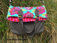 "Die ""Amber Fold Over Bag"" als Handtasche.... http://gmachtinoberbayern.blogspot.com/2015/06/amber-fold-over-bag-von-swoon-patterns.html"