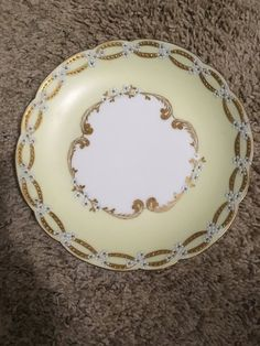 Set of 6 Antique Haviland Gold Rim Coupe Plates Hand Painted with Small White Flowers Excellent Condition Small White Flowers, Decorative Plates, Porcelain, Hand Painted, China, Antiques, Unique Jewelry, Handmade Gifts, Gold