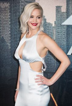 Get the latest Jennifer Lawrence news, in-depth articles, photos, galleries and videos from Vanity Fair. Beautiful Celebrities, Beautiful Actresses, Jennefer Lawrence, Jennifer Lawrence Photos, Katniss Everdeen, Hollywood Glamour, Celebs, Lady, Goals 2017