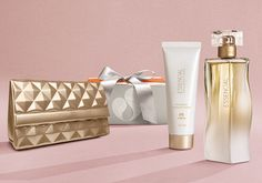 Presente Natura Essencial Floral Feminino - Deo Parfum + Desodorante Hidratante + Bolsa Clutch + Embalagem
