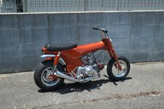 大神戸共榮圈: 70s ミニチュアダックス!? 50cc Moped, Car Part Furniture, Honda Cub, Honda Bikes, Engin, Pinstriping, Mini Bike, Vintage Bikes, Bike Life