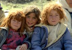 Kurdish Refugees, three kurdish Girls