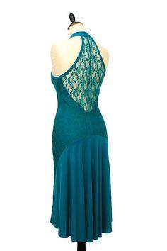 IRYNA Créations vous propose des robes de tango uniques  pour danser et sortir, réalisées avec des tissus exceptionnels. Dress Skirt, Midi Dresses, Formal Dresses, Tango Dress, Argentine Tango, Robes Midi, Creations, Glamour, My Style