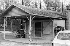 Browns store winter 1972 4-6 S.jpg