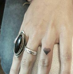 Dotwork heart tattoo by Angel Fernandez