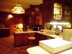 Elvis Presley  *Graceland* Kitchen (70's)