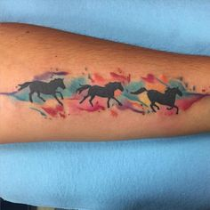 Pretty watercolor horse tattoos by @lisacosentinoart