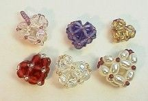 3-D Heart Beads Pattern. Fun little beads, fast & easy to make. How can you resist?