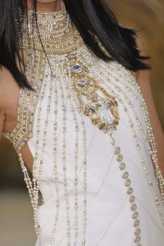 #Chanel Fall 2010 Couture  Blouse #2dayslook #fashion #nice #Blouse  www.2dayslook.nl