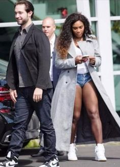 Serena Williams and Alexis Ohanian are out  after almost two years of dating. She showcased her engagement ring earlier this week, when she was spotted with Ohanian and her sister, Venus, in New Zealand