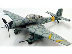 War Master 1:72 Junkers Ju 87 Diecast Model Airplane - APF0013 This Junkers Ju 87 G-2 Stuka (1943) Diecast Model Airplane features working propeller. It is made by War Master and is 1:72 scale (approx. 18cm / 7.1in wingspan).