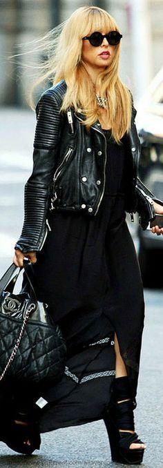 Street style - Chanel bag