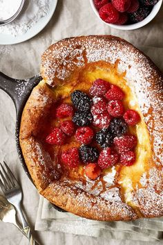Dutch Baby Pancake - Easy, delicious and surprisingly simple, this hot and fluffy pancake is perfect for breakfast, brunch or dessert.