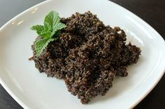 Dark Chocolate Mint Quinoa and 25 Quinoa Dessert Recipes - MyNaturalFamily.com #quinoa #recipe