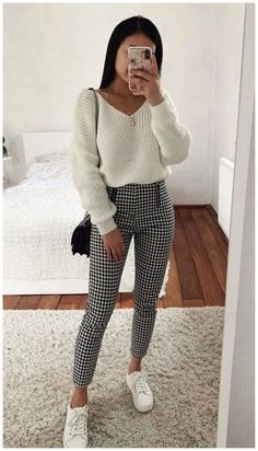 Over 30 trendy and simple outfits for spring 2019 Over 30 trendy . - Over 30 trendy and simple outfits for spring 2019 Over 30 trendy and simple outfits for spring # Winter Outfits For Teen Girls, Cool Summer Outfits, Teenage Outfits, Casual Winter Outfits, Simple Outfits, Outfits For Teens, Spring Outfits, Trendy Outfits, Outfit Winter