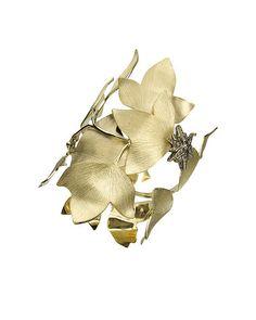 H. Stern leafs ring.