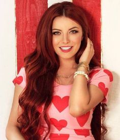 Elena Gheorghe (July 30, 1985) Romanian singer, o.a. known from the Eurovision Song Contest of 2009, representing Romania).