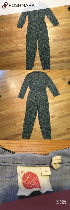 Anthropologie Lilia blk/wht l/s romper jumper - M Anthropologie Lilia blk/wht long sleeve romper jumper - Size medium. Armpit to armpit - 17.5 inches. Overall Length - 57 inches. Inseam - 27 inches. Great jumper Anthropologie Pants Jumpsuits & Rompers