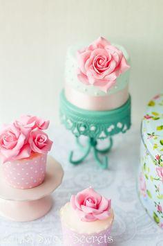 Lulu's Sweet Secrets: White Chocolate Cupcakes with Rose Buttercream