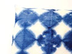 זוג כריות פשתן כחול | כריות בכחול אינדיגו | כריות פשתן | כריות בכחול | מבצע זוגות | | aya עיצוב טקסטיל לבית מודרני | מרמלדה מרקט