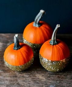 A DIY Glitter Pumpkin That Will Have You Oohing & Ahhing