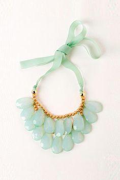 Costa Rica Teardrop Necklace in Mint - Francescas