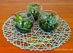 Using a very budget-friendly large placemat/charger you can transform it easily to decorate a table or a wall.