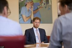 Prince Harry joins top HIV doctors at King's College Hospital | Daily Mail Online
