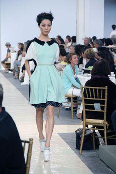 #fashion-ivabellini Fashion Politan by Lucia Del Pasqua: SONO ALICE MA VECCHIA CHE SI RICORDA DEI CAMPI. #MFW