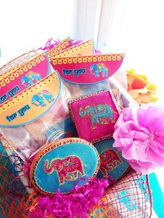 Bollywood Indian inspired elephant party ideas with lots of DIY decorations, party printables, sweet party food and favors! Indian Birthday Parties, Indian Party, Birthday Party Themes, Circus Birthday, 5th Birthday, Happy Birthday, Elephant Party, Elephant Birthday, Elephant Food
