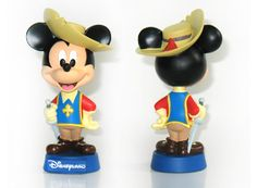 China OEM High Quality Mickey Mouse Resin Figure Manufacturer http://www.funnytoysgift.com/resin-products-for-crafts-resin-figure-2059.html