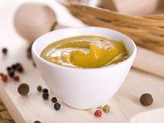 Senf ist nicht gleich Senf. EAT SMARTER hilft Ihnen, bei den vielen leckeren Senfsorten im Feinkostregal den Überblick zu behalten.