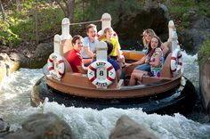 Branson Mo Family reunion services include family space rental large to small, family lodging, family entertainment with Branson shows a. Weekend Vacations, Weekend Trips, Long Weekend, Weekend Getaways, Vacation Spots, Day Trips, Family Getaways, Family Trips, Vacation Ideas
