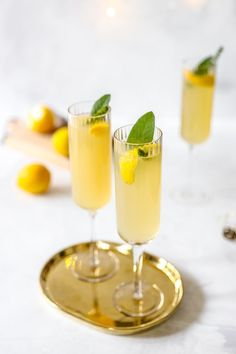 Meyer Lemon French 75 with Elderflower Syrup - Rezel Kealoha Cocktail Syrups, Cocktail Recipes, Cocktails, Drinks, Quick Recipes, Brunch Recipes, Elderflower Martini, Avocado Drink, French 75