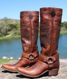 """Junk Gypsy """"She Who is Brave"""" Boots~ Rich Brown"""