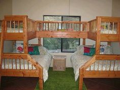 4-5 person bunk beds! Would be so fun for a tiny house