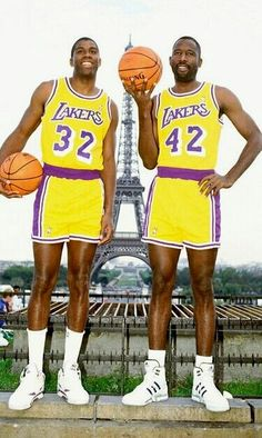 Earvin Magic Johnson and Big Game James Worthy Basketball Pictures, Love And Basketball, Basketball Legends, Sports Basketball, Basketball Players, Basketball Stuff, Baseball Games, College Basketball, Magic Johnson