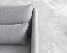 STUA's Costura sofa refers to the noble tradition of tailoring that has guided the creation process. A Jon Gasca design. COSTURA: www.stua.com/design/costura