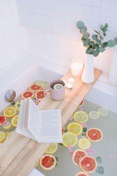 DIY Bath Caddy / Tray