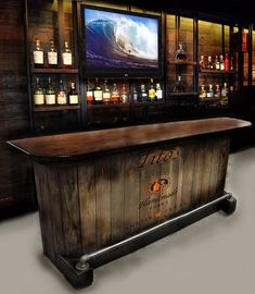 barre à la maison à la main personnalisé construit whisky