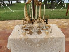 Vintage looks fabulous at Villa Adriana. Accent items from Pomp & Pearls.